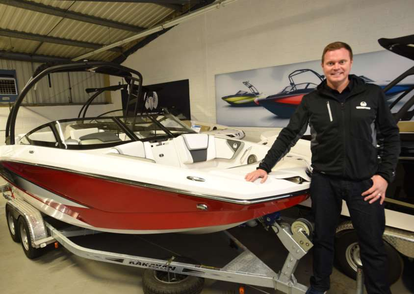 Matt Bullock of 158 Performance with his jet boats EMN-150311-153816009