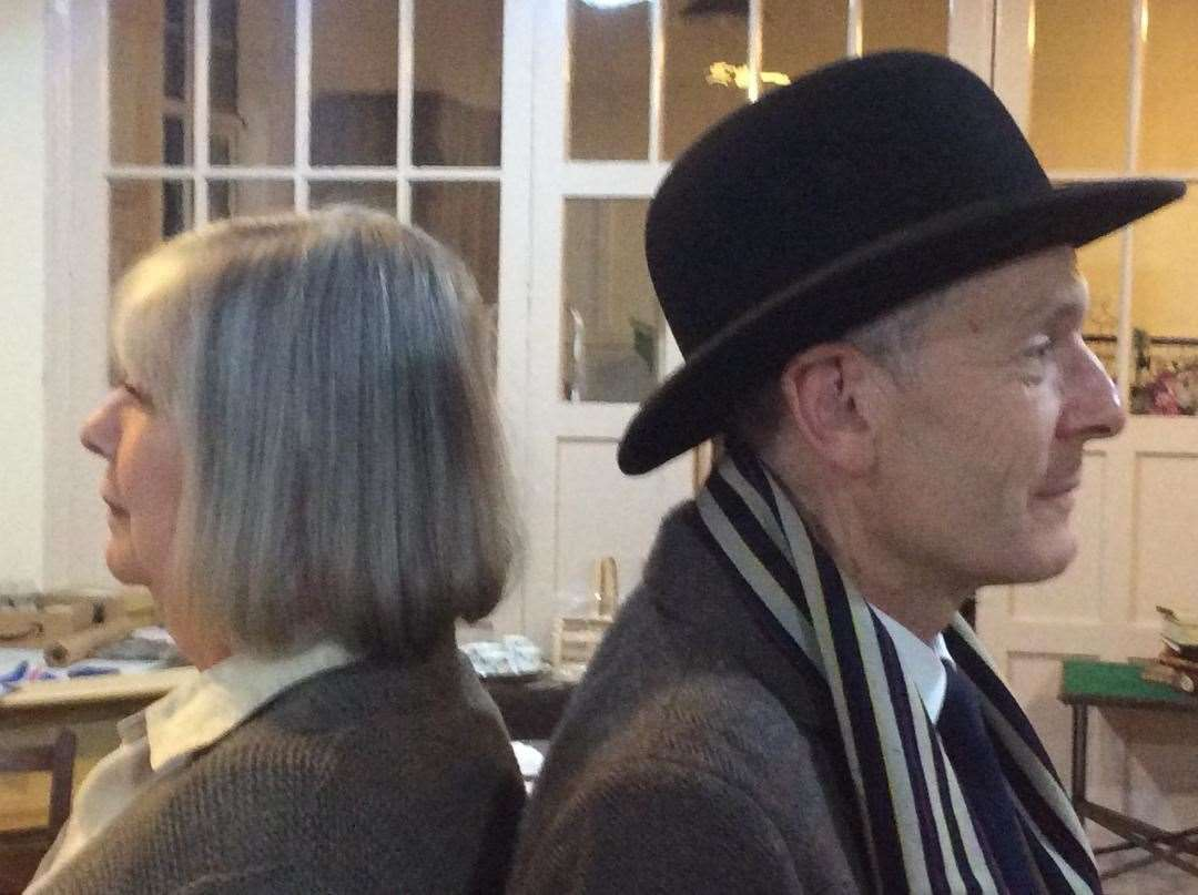 Frances Bridgewater (Helene Hanff) and Ian Gibbs (Frank Doel) in rehearsal. (20426398)