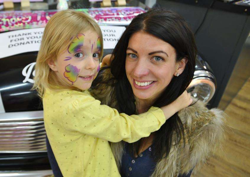 Zoe Crowson and daughter Phoebe , five