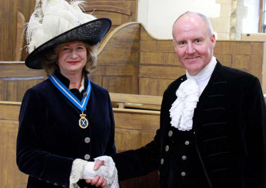 Outgoing High Sheriff of Rutland Andrew Brown welcomes incoming High Sheriff of Rutland Sarah Furness EMN-161104-122521001