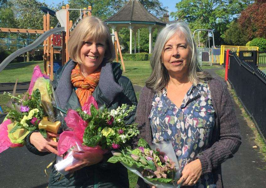 Catherine Gardiner, left, and Linda Upson, from Stamford Flower Club deliver lonely bouquets