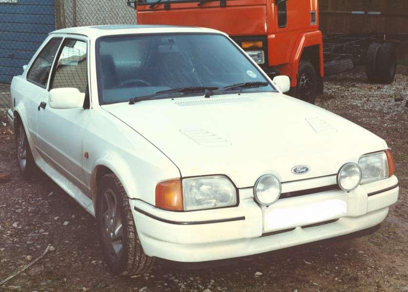 Cars like 1980s Ford Escorts are being targeted by theives