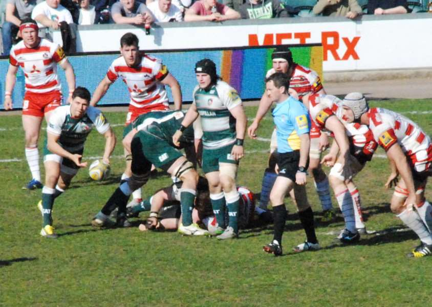 Action from Leicester Tigers against Gloucester. Ben Youngs passes. Photo: John Evely EMN-160404-154504001