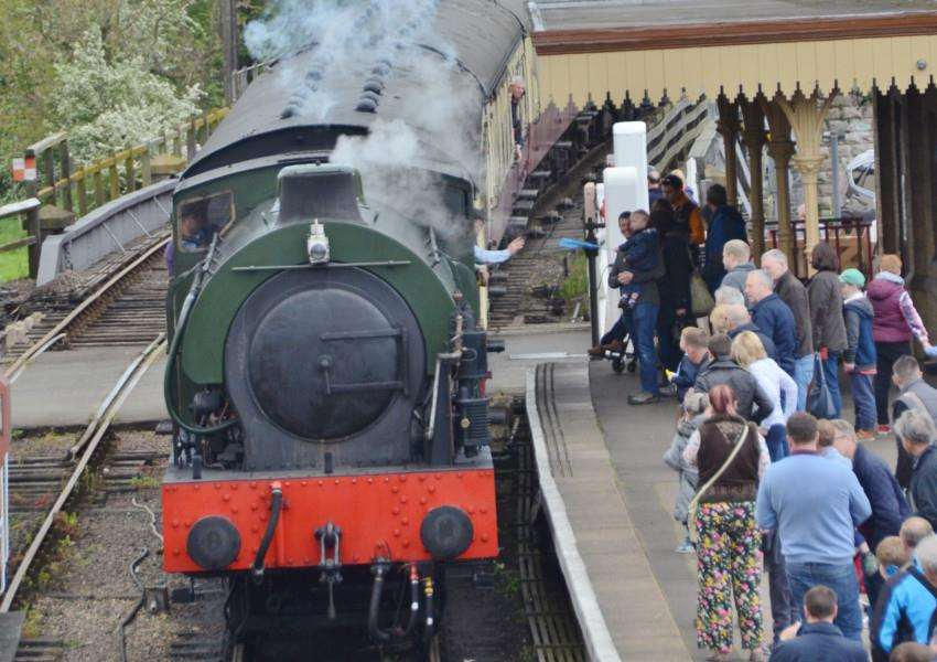 Open day at Nene Valley Railway at Wansford EMN-160514-171322009