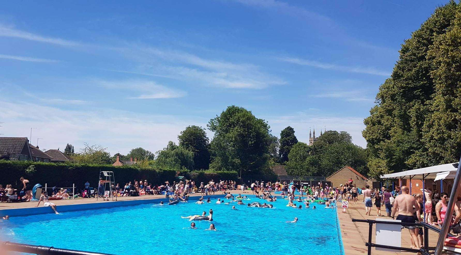 Bourne Outdoor Pool which was busy during the heatwave